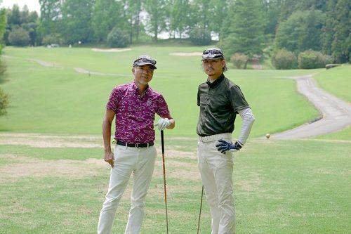 塚本(左)とCOMODO建築工房の飯田さん(右)